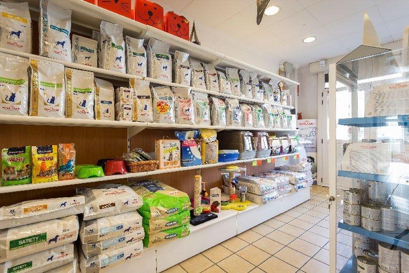 complementos y comida clinica veterniaria sant celoni